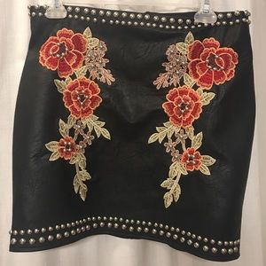 Dresses & Skirts - Black leather skirt with studs and embroidering